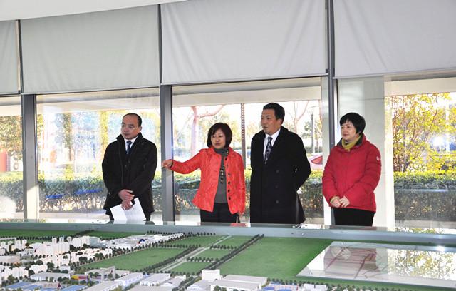 苏州银行行长徐挺考察江苏宿迁工业园区