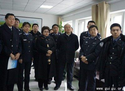 通辽市公安机关巡回观摩组到开发区观摩指导工作