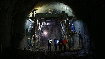 地下102M世界最深高铁站 隧道一天最多掘进2米