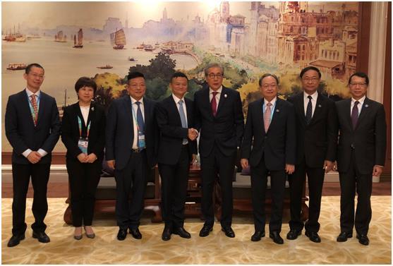 泰国副总理颂奇一见马云就问:该如何引进农村淘宝?