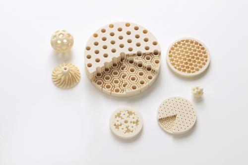 佳能开发出3D打印机用陶瓷材料和零件制作技术