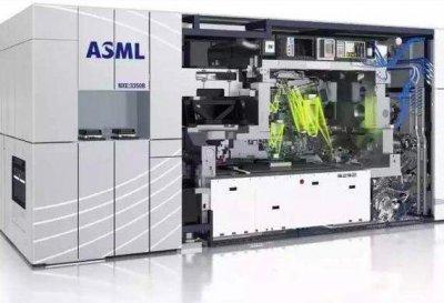 ASML:因疫情延迟了向中国武汉客户交付EUV设备