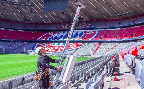 德国电信在南部城市慕尼黑安联球场部署了多副5G天线