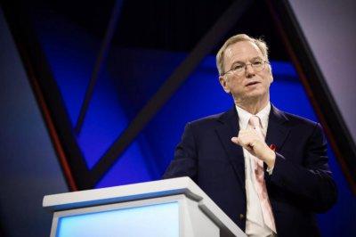 谷歌董事长施密特退休后,当起了美国军方的硅谷买办