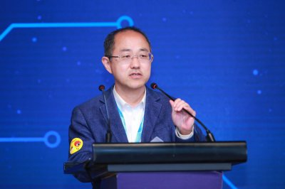 《中国智能媒体发展报告》发布 典型案例揭中国智媒生态未来格局